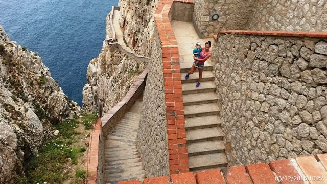 Camper dodávkou po svete: Sardínia Grotta di Nettuno