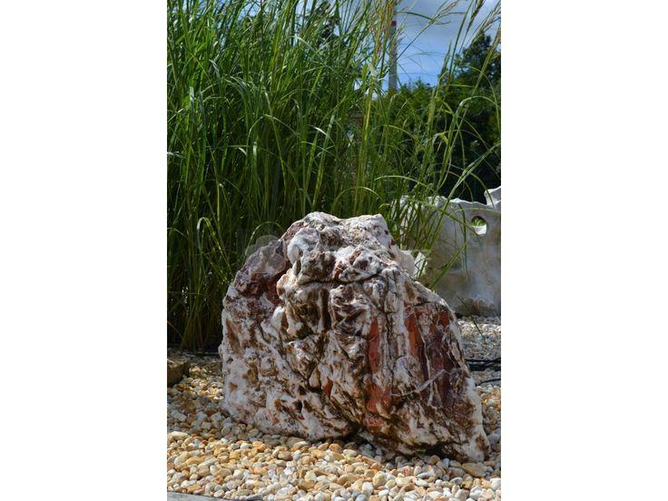 Kamenná fontána Onyx II z přírodního kamene vhodná na zahradunebo terasu
