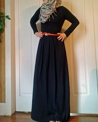Cute and simple hijab style which is really modest, it also doesn't show your figure. Looks so comfortable:(