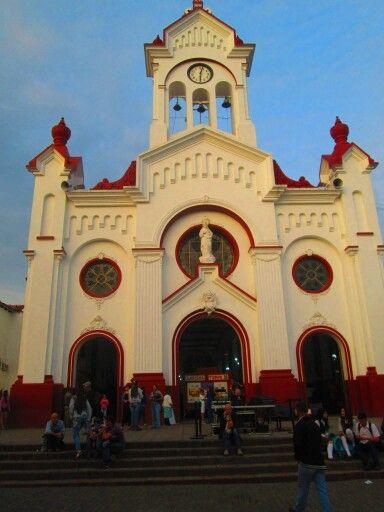 Iglesia de guarde ..pueblo de antioquia