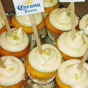 Corona Cupcakes with Zesty Lime Cream Cheese Frosting recipe at http://sevenlittlemonkeys.com