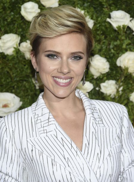 Scarlett Johansson Dating Kevin Yorn: Inside Their Romance