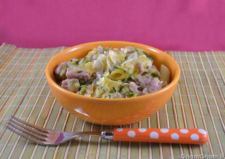 • Pasta con tonno zucchine e mandorle - Ricetta Pasta con tonno zucchine e mandorle