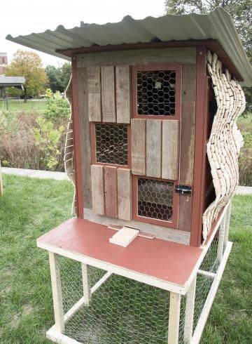 255 best images about chicken coop ideas on pinterest for Fancy chicken coops for sale
