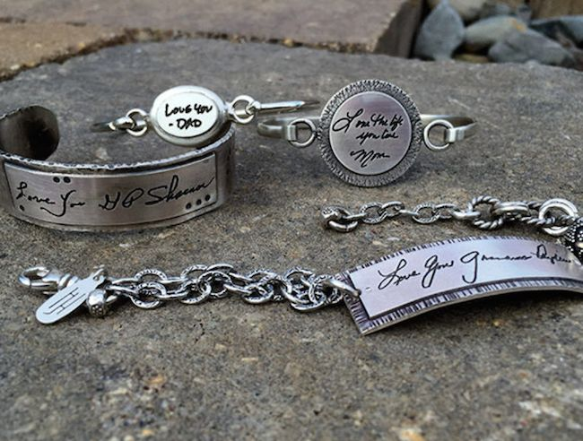 Personalized jewelry from Heidi J Hale Designs| The Shopping MamaThe Shopping…