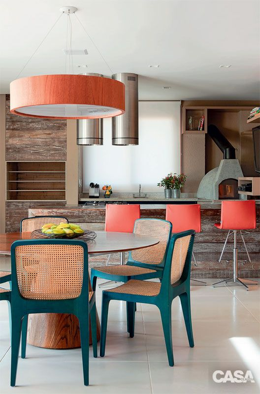 Round Dining Table Inspirations. See more: http://www.brabbu.com/en/inspiration-and-ideas/