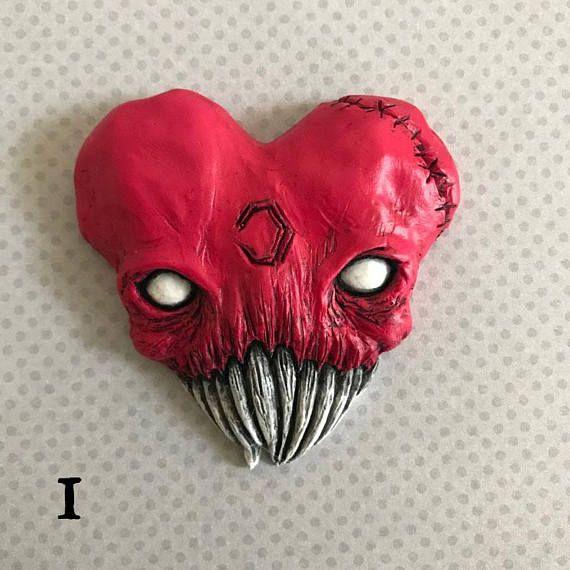 Love Bites Skull Heart Wall Art Magnet Brooch Heart Wall Art Resin Art Art