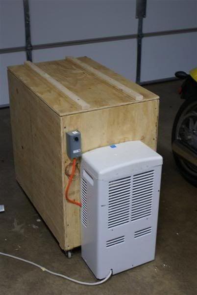 Dehumidifier Powered Fermentation Chamber Home Brew