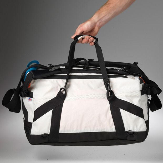 Bags from recycled sails! - Truce Designs
