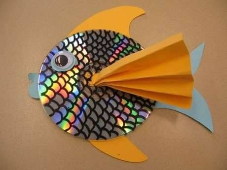 Fish made from old cd and construction paper