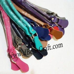 Handle Tas Kulit Lipat untuk tas hasil rajutan anda.  http://www.dbest-craft.com/handle-tas/345-handle-tas-kulit-kepang-pendek.html