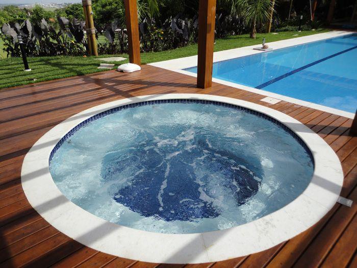 17 melhores imagens sobre jacuzzi banheira ou piscina no for Piscinas jacuzzi
