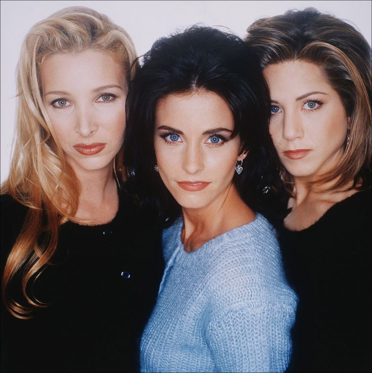 The Ladies of Friends 1990's - Lisa Kudrow, Corteney Cox & Jennifer Aniston
