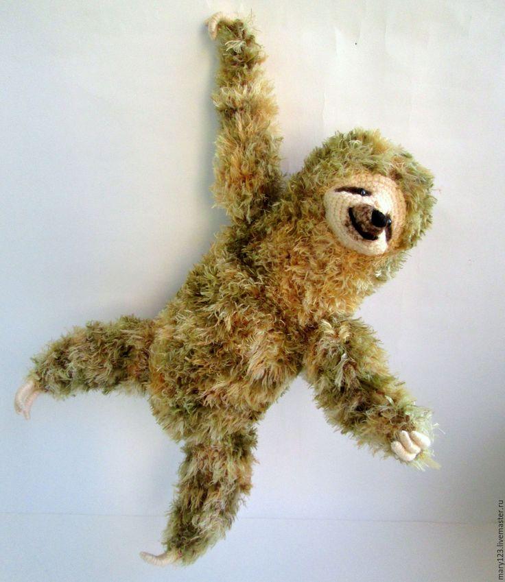Купить Ленивец большой мягкий - оливковый, ленивец, игрушка ленивец, ленивцы, мягкая игрушка, вязаный ленивец