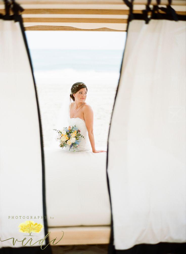 best 25 island wedding dresses ideas on pinterest tropical wedding dresses hawaii wedding. Black Bedroom Furniture Sets. Home Design Ideas