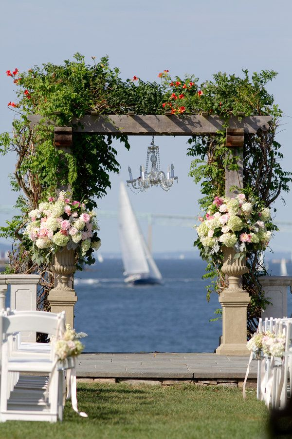 Waterfront Rhode Island Wedding by Zenobia Studios | Society Bride