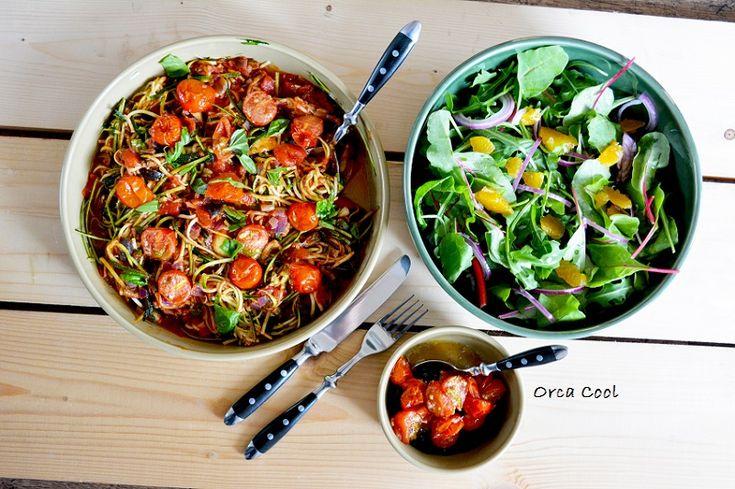 Courgette Pasta met geroosterde Tomaatjes. #courgette #gezond #veggie