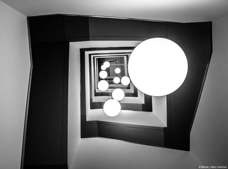 """In der bundesweiten Endausscheidung von """"Blende 2014"""" belegte Heiko Gerlicher mit seiner Schwarzweißaufnahme """"Ballistik"""", die er zur thematischen Vorgabe #Schwarzweiß eingereicht hatte, den 21. Platz – für ihn das Sahnehäubchen in seinem Fotojahr 2014. Er wünscht sich, dass sein Feuer der Leidenschaft für die Fotografie nie verglimmt, denn dann wäre er am Ziel und es könnte sich Langeweile ausbreiten. #portfolio #fotograf"""
