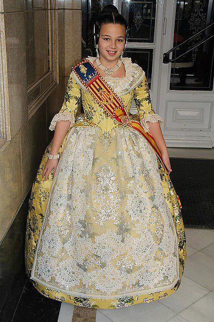 Fòrum Faller Independent - Claudia Villodre Gómez Fallera Mayor Infantil de Valencia 2014 - Les muses de la festa