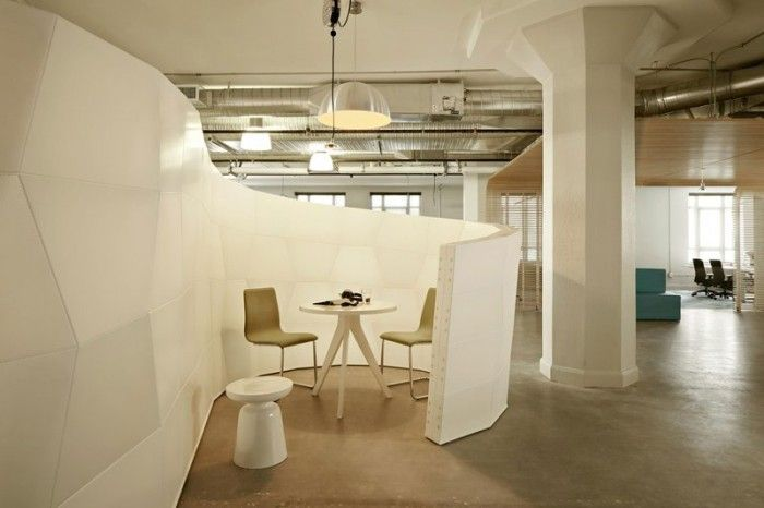 5 Seeyond Office Design 700x466 Runways San Francisco Startup Incubator Offices / FME + Seeyond