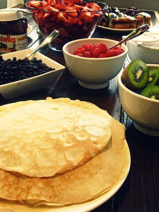 Crepe buffet: nutella, strawberries, kiwis, raspberries, blueberries ...