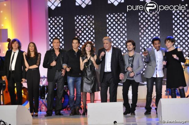 Enrico Macias et Riff Cohen lors de l'enregistrement de l'émission Vivement Dimanche le 21 novembre 2012 - diffusion sur France 2 le 25 novembre