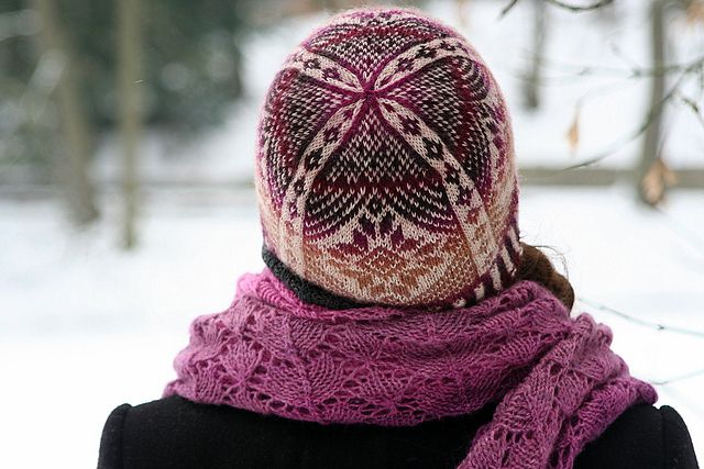 Ravelry: maduixa76's Almost fair isle hat