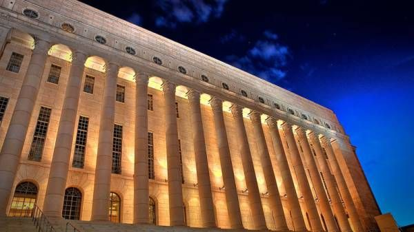 フィンランド、国民全員に800ユーロ(約11万円)のベーシックインカムを支給へ - BusinessNewsline