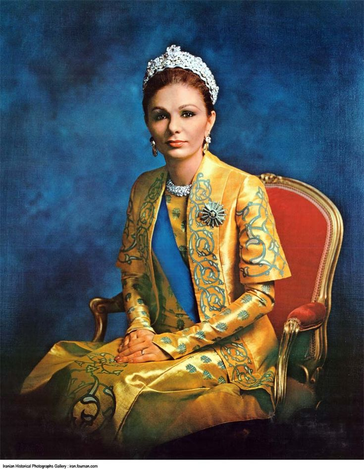 Iran: Queen Farah Diba Tiara Pahlavi | World clothing ...