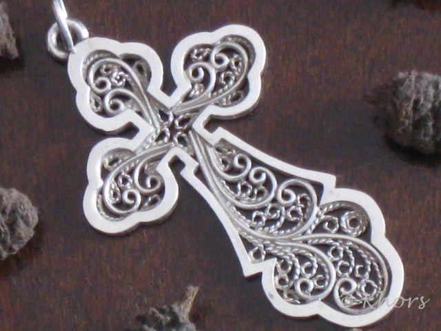 Cruz Filigrana plata www.artesanum.com/artesanias-khors