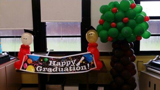 Kindergarten graduation balloon decor