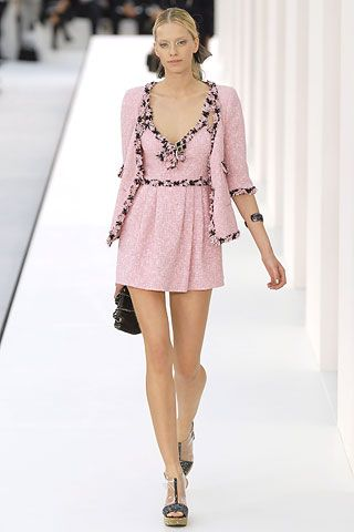 Chanel Spring 2007 Ready To Wear Collection Gallery
