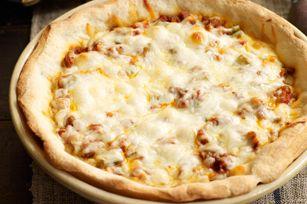 Pizza aux saucisses à la mode de Chicago - Apprenez à la faire en suivant notre vidéo !