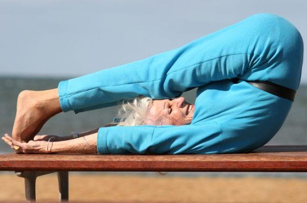 83-Year-Old Yogi Teaches 11 Yoga Classes Week.