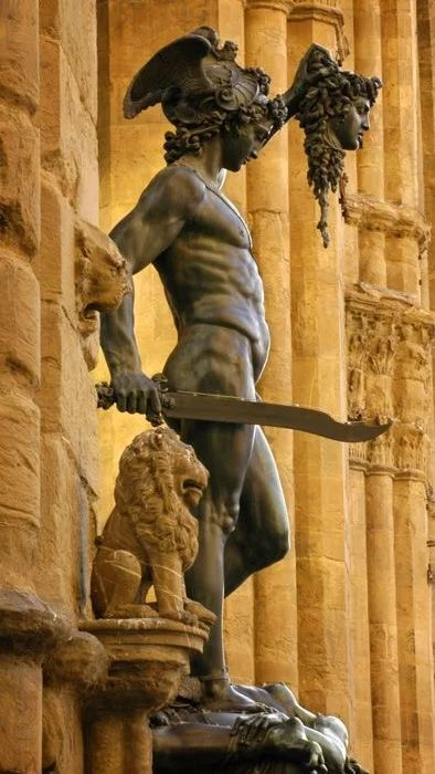 an analysis of artwork david by michelangelo David, michelangelo and donatello they showed humanism in their careers and their artwork david diop's the vultures analysis.