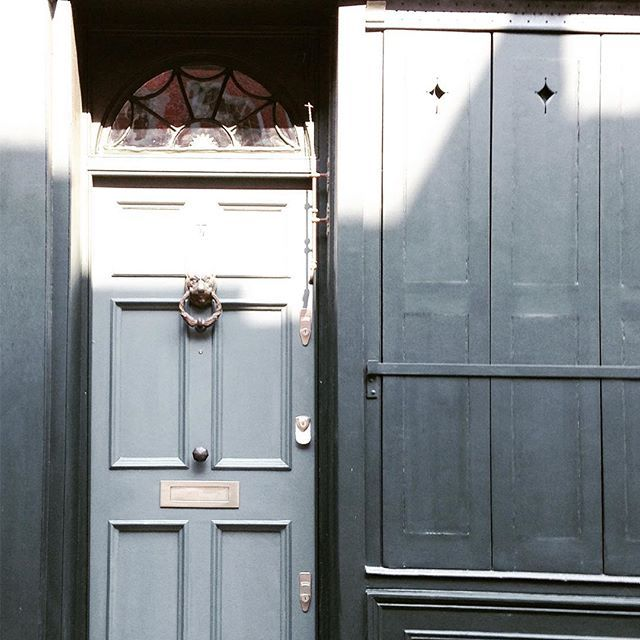 If you're around Brick Lane wander down the side streets to spot some gorgeous old houses!