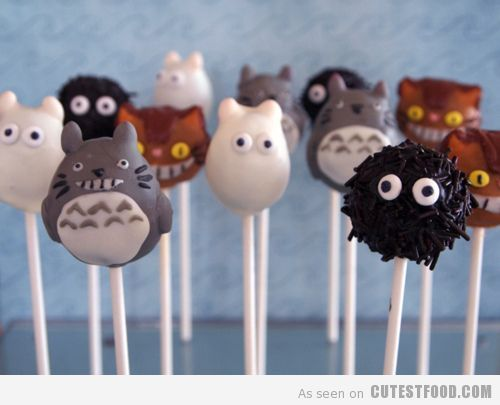 Totoro Cake Pops! Ommnomnomnom. EDIT. In case anyone was wondering how these were made without a mold, I found out. If you look at Great Food! pinboard my pin of Garfield cake pops leads you back to Bakerella who makes these. She demonstrates her technique by using Garfield as an example. :-)