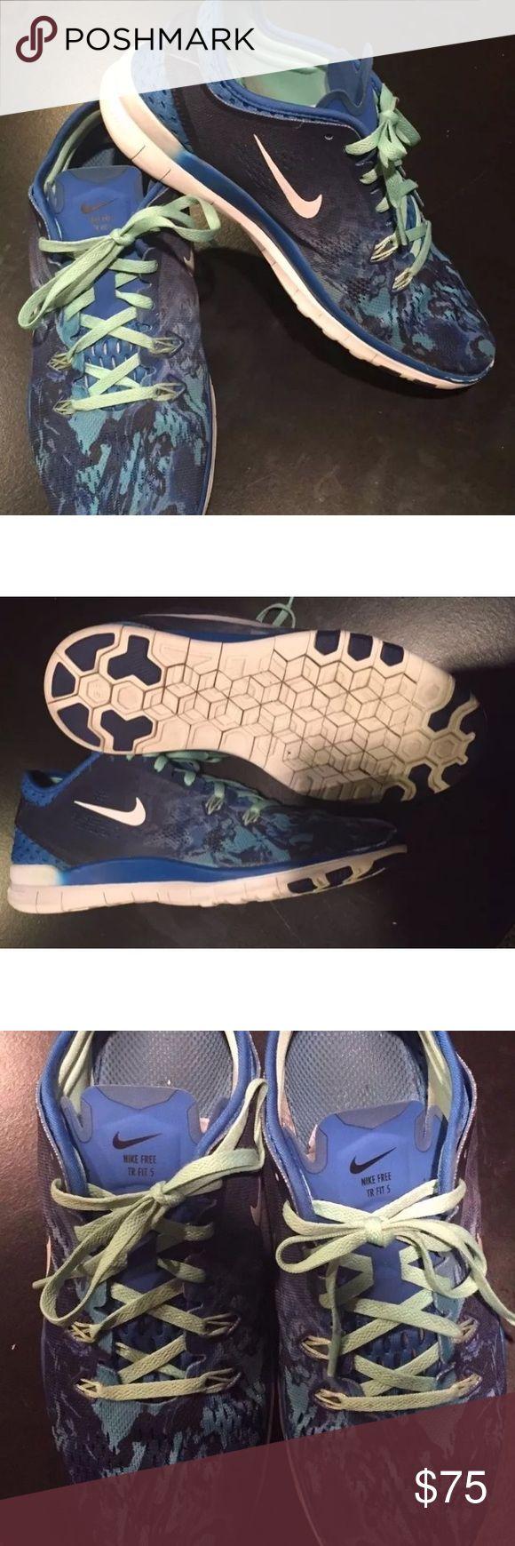 Nike Free 5.0 blue sneaks Gently worn. Ladies 7 1/2 Nike Shoes Sneakers