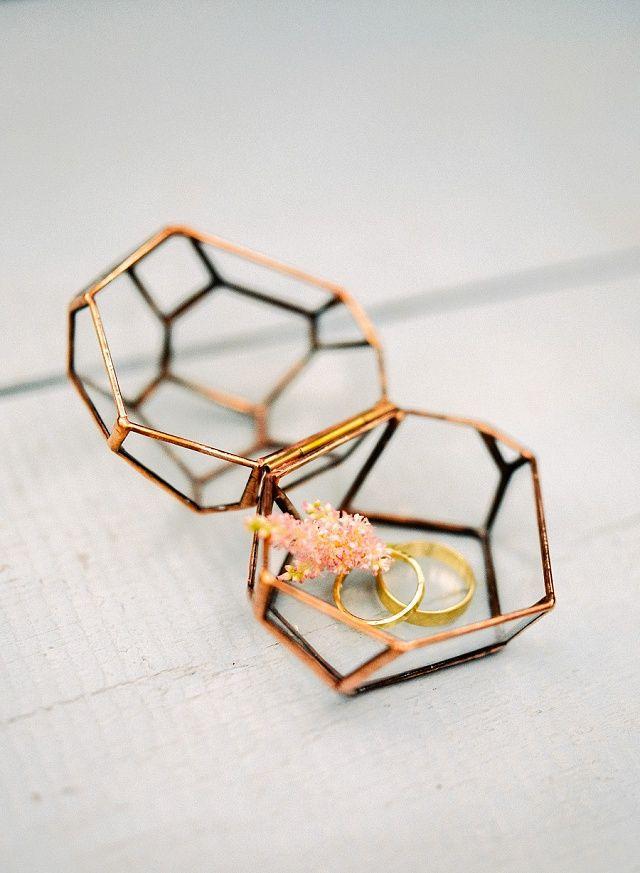 Ringschale Kupfer - Inspirationen für eine elegant-moderne Landhochzeit von Etsy und 1x 1 100 € Gutschein zu gewinnen! | Hochzeitsblog - The Little Wedding Corner