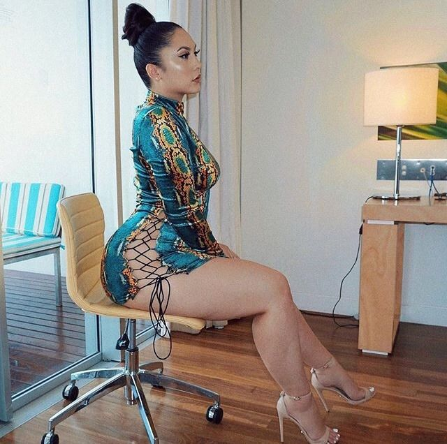 1414 Best Thick Latina Images On Pinterest-6799