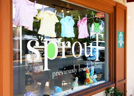 Like the clothes line! kids clothes window display | ... Children's Clothing - Previously Loved Clothing - Healdsburg, CA