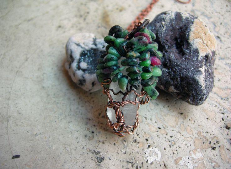 Ciondolo pendente amuleto pendaglio albero della vita rame quarzo ialino cristallo di rocca rubino zoisite wicca pagan girocollo artigianale di WiredOnyx su Etsy
