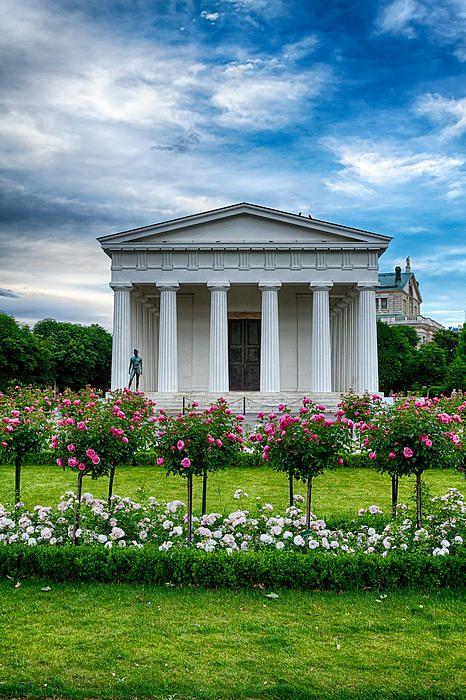 Vienna rose park