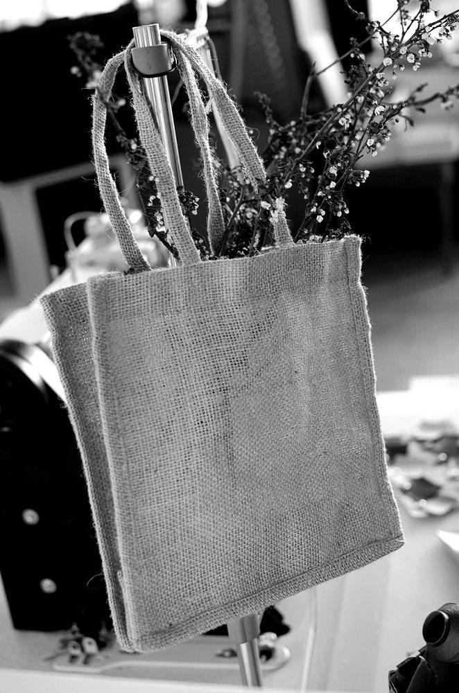 #bag #jute #flowers #black #white #studio #iutta
