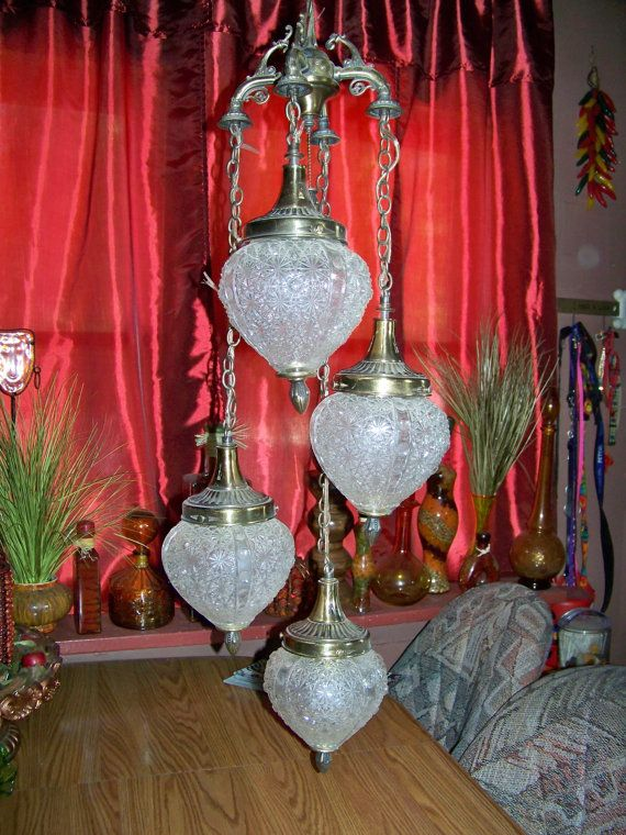 Vintage Glass Hanging Swag Lamp Light With Four Hanging Globes   Unique And  Beautiful