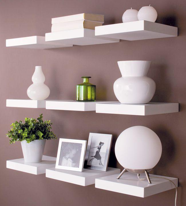 Playful Plankjes aan de muur ter decoratie? Ga voor deze kleintjes! Hang er meerdere naast elkaar creëer een speels effect.
