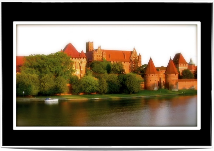 One of the Biggest Castles in Eastern Europe - Malbork (Poland)