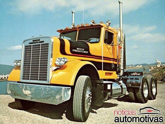 Freightliner: A famosa marca de caminhões americanos da Daimler