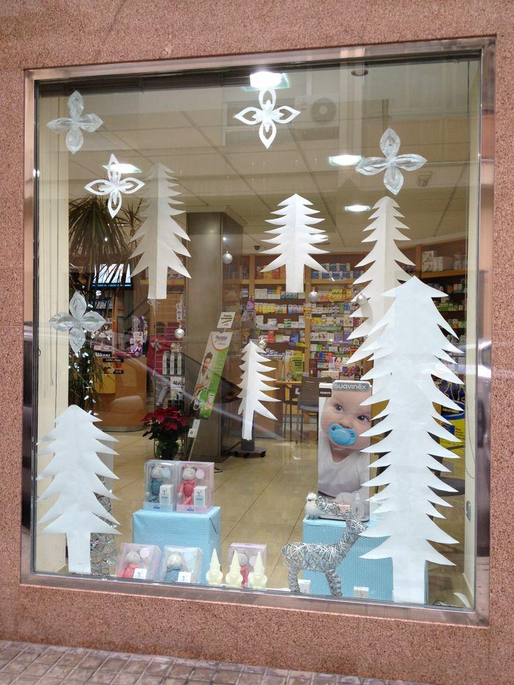 Farmacia en motril granada escaparate de navidad - Decoracion navidena para comercios ...