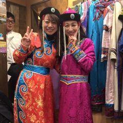 住吉にあるモンゴル料理オルドス家にてアジアン会の忘年会 モンゴルの民家衣装も自由に着れます()盛り上がりますよtags[福岡県]